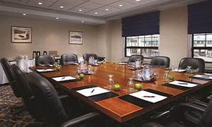 Crowne Plaza Niagara Falls Boardroom